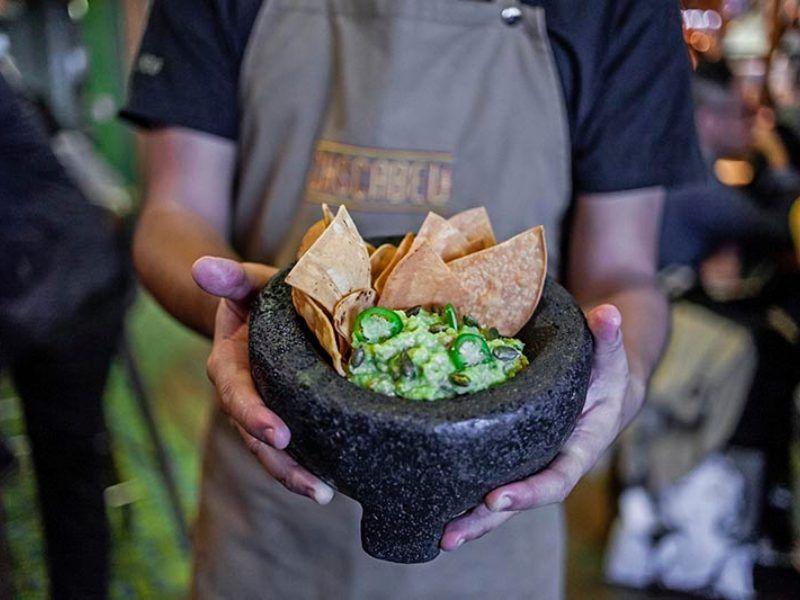 guacamole restaurante mexicano salón cascabel