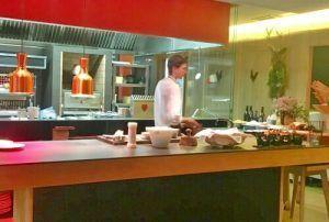 Restaurante Aire, perdiz, pato, coquelet, codorniz, pichón, gallo, oca, faisan,