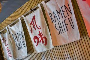 Ramen Shifu, Gyozas, Caldo, Miso, Sopa, Fideos Udon, Palillos, Mazesoba, Edamame, Asahi, Taberna Japonesa, Fast Good, Cocina