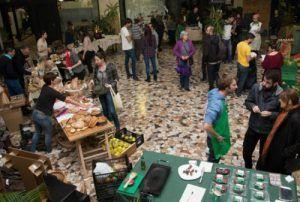 La Colmena Que Dice Si. Comprar Alimentación sin intermediarios a productores locales: fruta, verdura, carne... Economía Colaborativa. Grupos de Consumo.