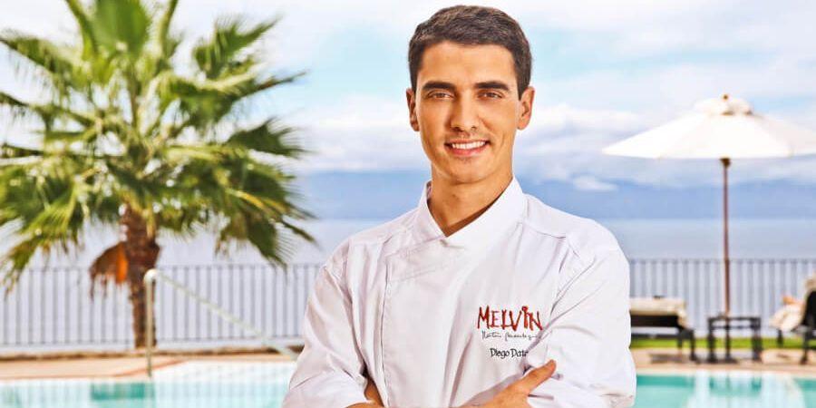 Diego Dato es el Chef que está al mando del Restaurante Melvin by Martín Berasategui. Este restaurante está ubicado en las Terrazas del Hotel Rizt-Carlton Abama de Tenerife. En su cocina prima la calidad, la materia prima, el producto local de las Islas Canarias y el sabor.