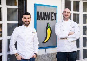 Mejores-Restaurantes-Mexicanos-Madrid-Restaurante-Mawey-Taco-Bar-Equipo