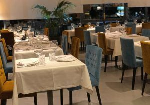 Restaurante Indio Annapurna, de reciente apertura en Madrid, con una elegante decoración y un menú degustación con platos deliciosos: Arroz, Cordero, Verdudas, Curry, Samosas, Especialidades Tandoori, Massala y Pan Naan. Precios razonables para cocina India de gran calidad.
