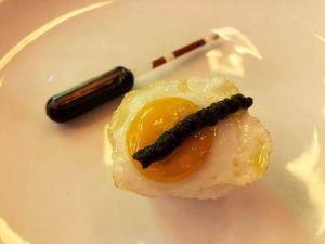 Restaurante-Nimú-Barquillo-Madrid-Nigiri-de-huevo-frito-de-codorniz-con-trufa