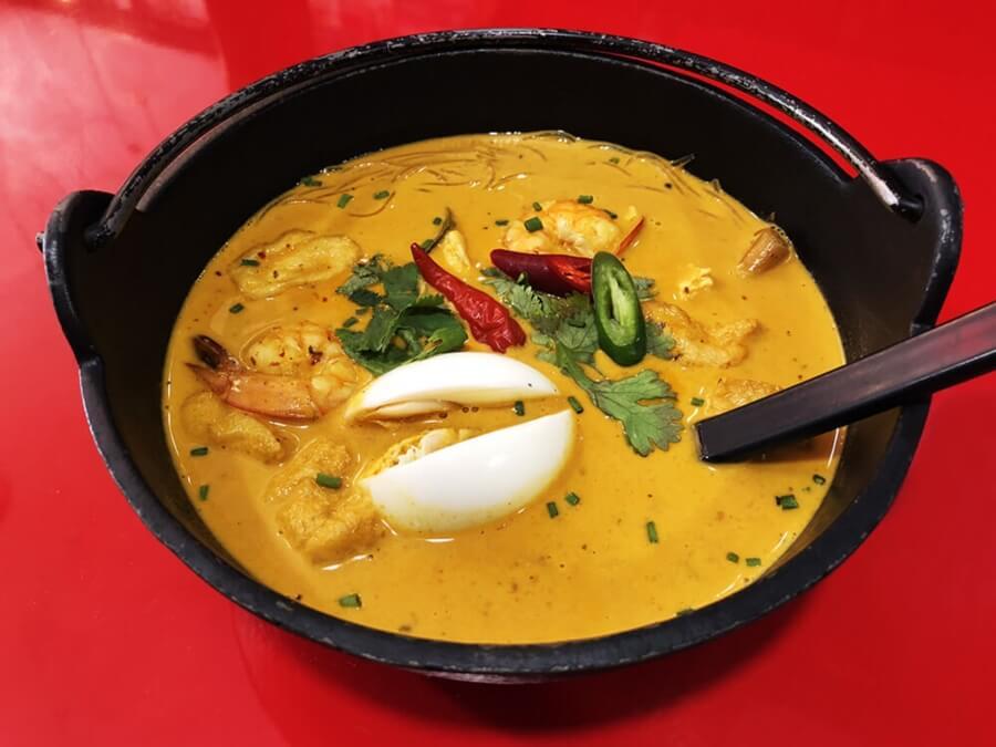 Mejores-Restaurantes-Tailandeses-Madrid-Tuk-Tuk-Sopa-de-Curry-y-Leche-de-Coco