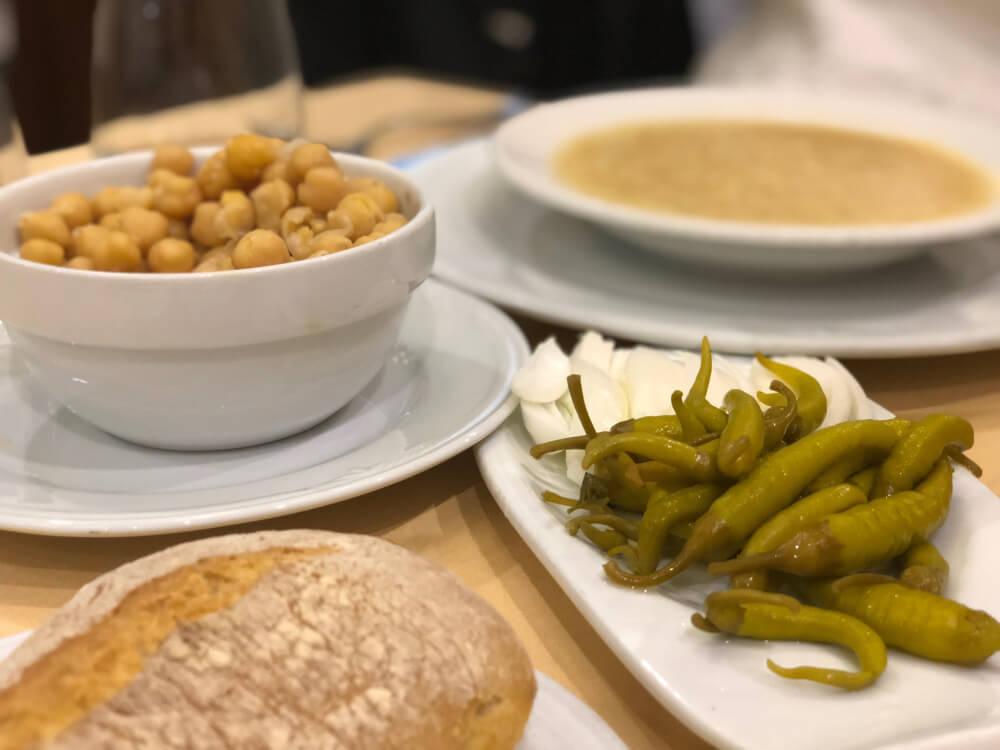 Cocido-Madrileño-Cruz-Blanca-de-Vallecas-Sopa-Garbanzos