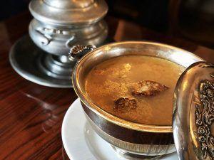 Cocido-Madrileño-Cubiertos-de-Gloria-Sopa