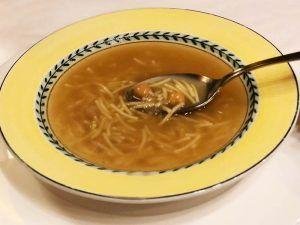 Cocido-Madrileño-El-Charolés-Sopa