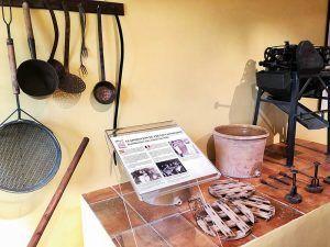 Turrón-de-Jijona-Utensilios-Frutas-Confitadas-Museo-Turrón