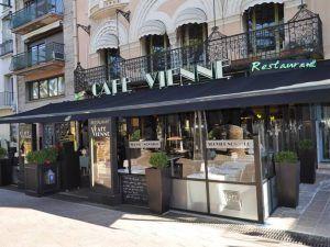 Gastronomía-Perpignan-Carcassonne-Narbonne-Café-Vienne-Fachada