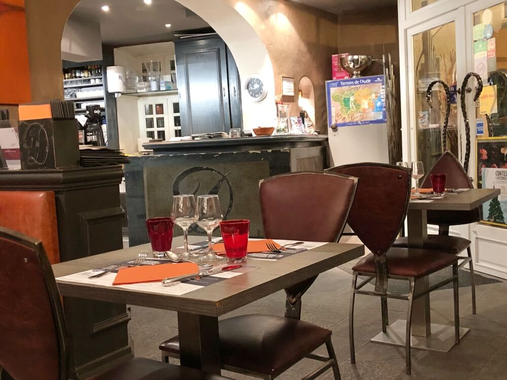 Gastronomía-Perpignan-Narbonne-Carcassonne-Brasserie-Le-Donjon-Local
