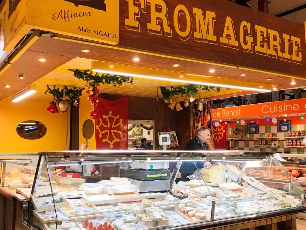 Gastronomía-Perpignan-Narbonne-Carcassonne-Narbonne-Mercado-Pincipal-Quesería