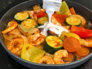 Receta de curry rojo de langostinos- leche de coco