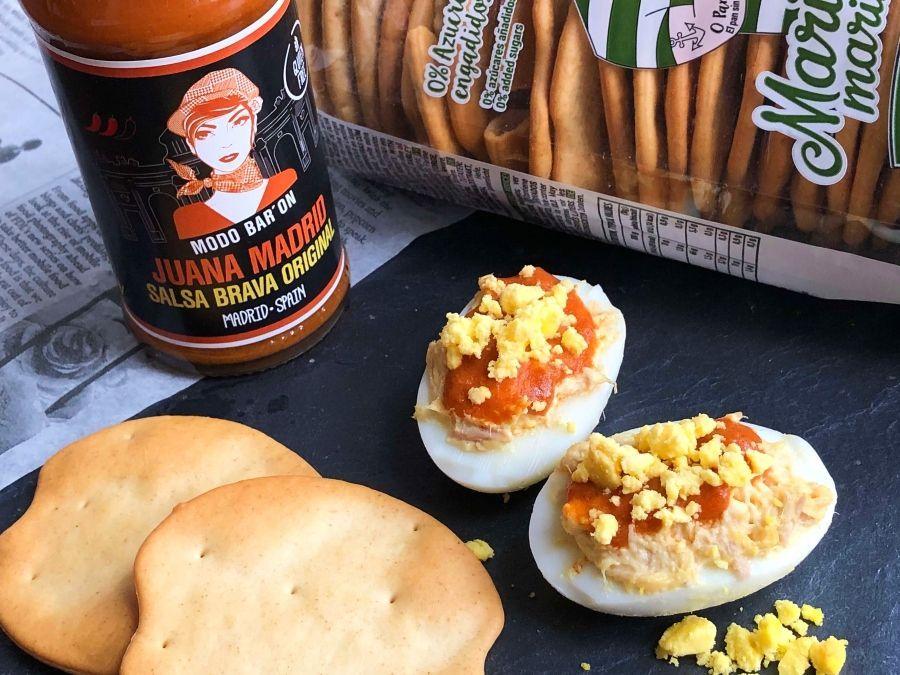 huevos rellenos salsa brava Juana Madrid