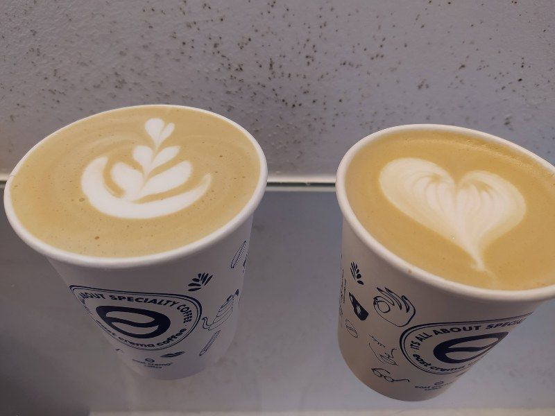 CAFÉS DE ESPECIALIDAD EAST CREMA COFFEE