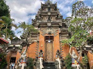 VIAJAR BALI INDONESIA palacio ubud