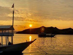 VIAJAR BALI INDONESIA komodo