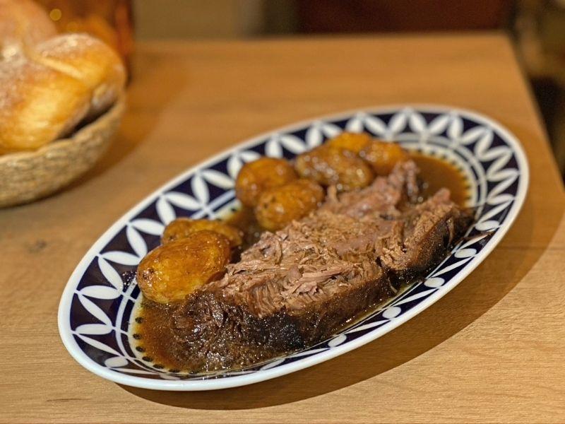 tortilla de patatas Madrid Taberna Garelos