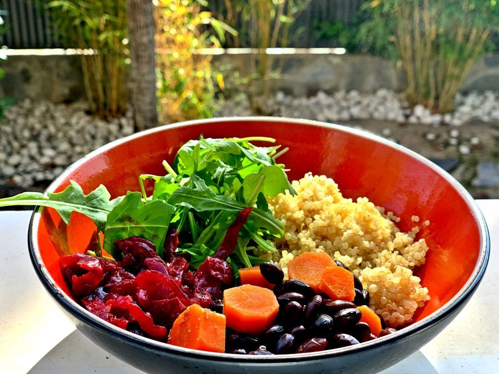 Proteínas en los alimentos: soja negra y quinoa