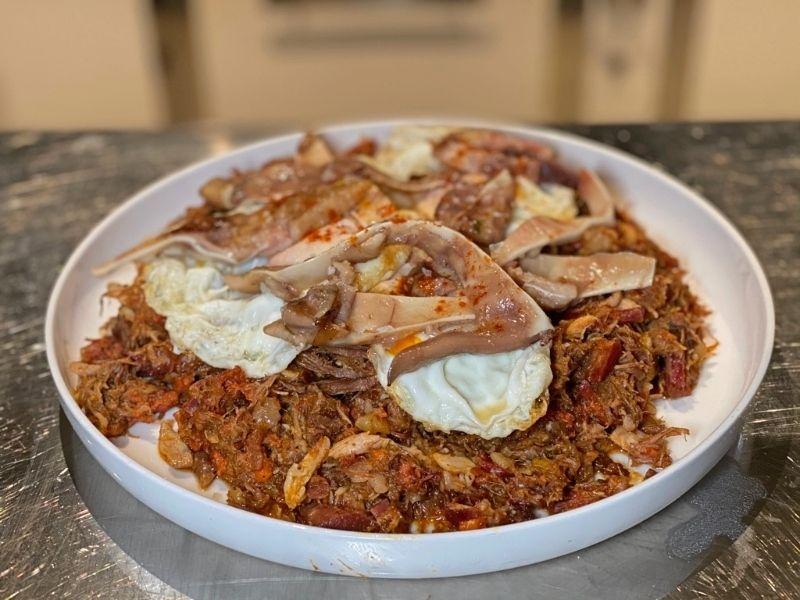 la cocina de frente cocido madrileño