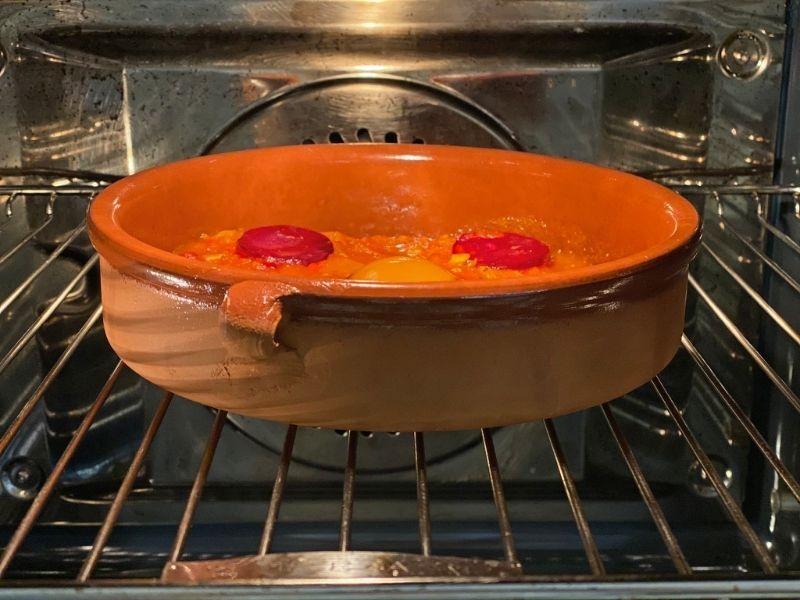 shakshuka con huevo al horno