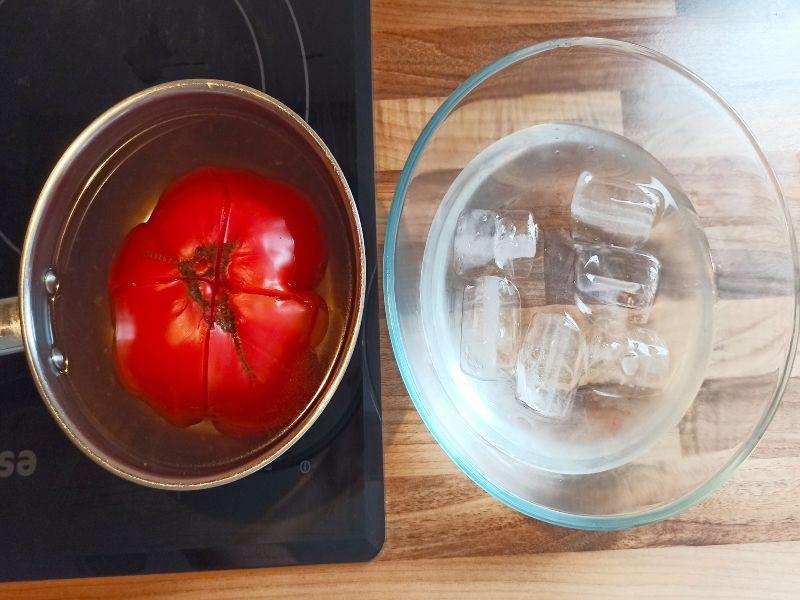 salmorejo- tomate escaldado