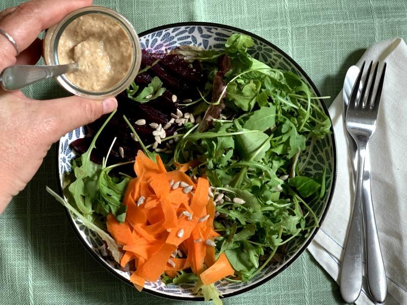 aliño para ensalada saludables con pipas