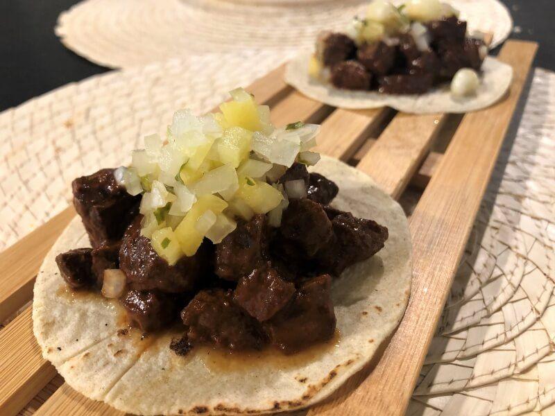 TRES POR CUATRO Tacos