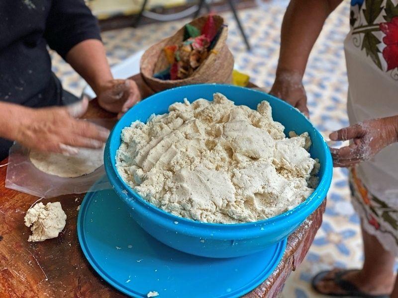viajar a tulum tortillas