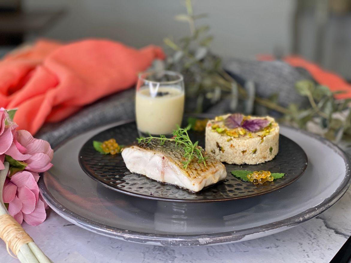 receta de lubina con crema de coliflor