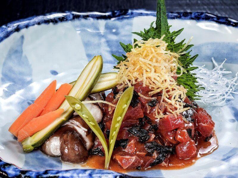 99 SUSHI BAR tartar de atún - Comida japonesa a domicilio en Madrid